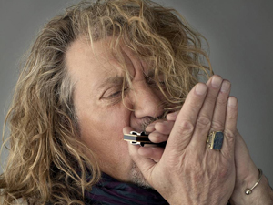 Robert Plant's spelning på Trädgårn flyttas till Lisebergshallen.