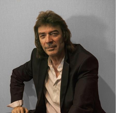 Steve Hackett släpper nytt soloalbum.