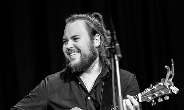 Rikard Sjöblom – Beardfish släpper solo.