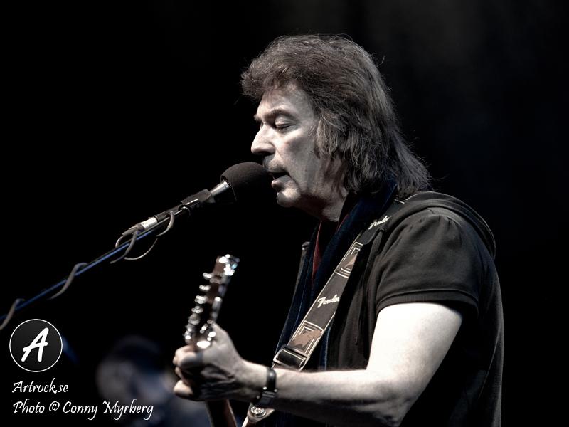 Steve Hackett annonserar låttitlar och omslag till albumet The Night Siren.