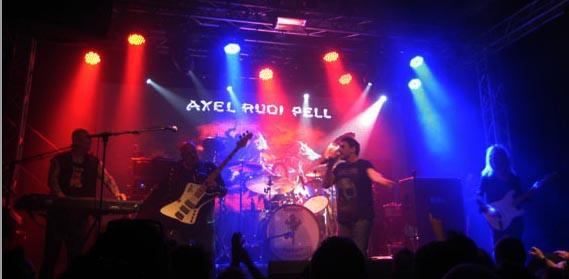 Setlists från Axel Rudi Pell och 220 Volt`s spelning på Sticky Fingers ligger ute.