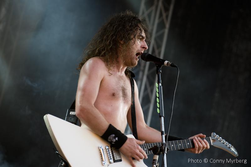 Airbourne – Getaway Rock Festival 8/8-2014