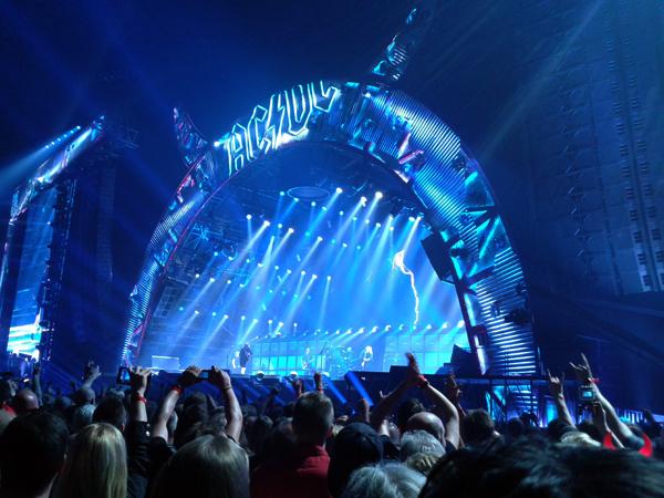 ACDC_live2015_1