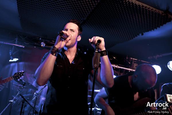 Frontiers Music Srl har signerat Seventh Wonder.